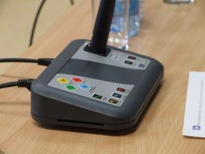 Radni powiatowi testowali nowy elektroniczny system głosowania