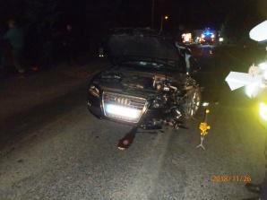 Zderzenie na drodze. Jeden kierowca zbiegł, drugi trafił do szpitala