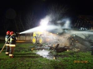 Pożar budynku gospodarczego w Krępkowie. Podtrucie dymem