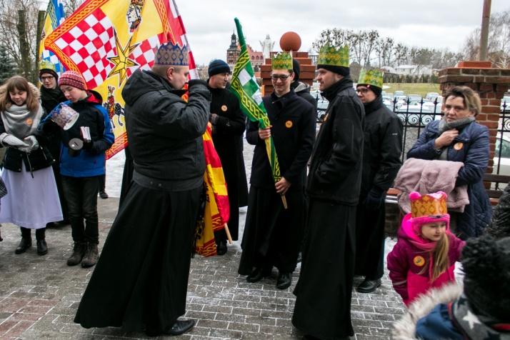 Kazimierz Biskupi. Bracia Męczennicy i Trzej Królowie w orszaku