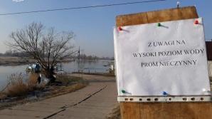 Nieczynny prom i zamknięty przejazd kolejowy w gm. Kramsk