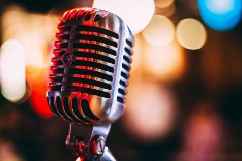 Mikrofony dynamiczne i pojemnościowe