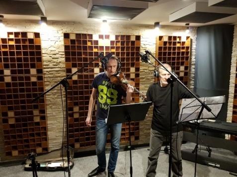Konin. Muzycy AGHARTA nagrali utwór dla Zofii Urbanowskiej