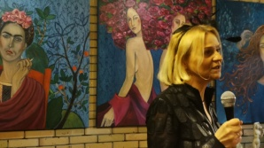 Od marca do marca, czyli kobiety na obrazach K. Ruminkiewicz