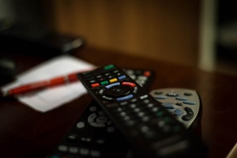 Polska TV w Londynie – jak odbierać polskie programy telewizyjne w UK?