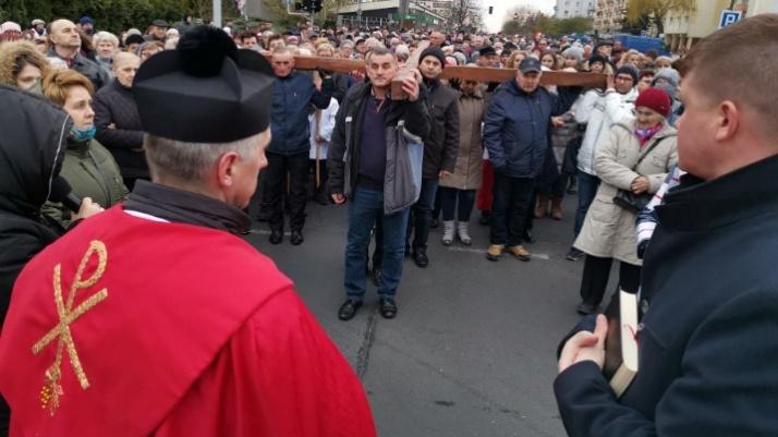 Droga krzyżowa przeszła ulicami Konina już po raz szesnasty