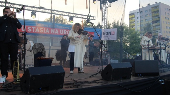 Konin. Kapela ze Wsi Warszawa na zakończenie festynu na Zatorzu