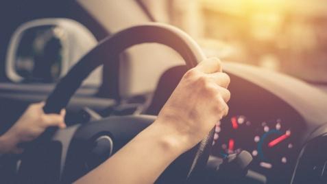 Defensive driving, czyli jak zwiększyć bezpieczeństwo na drodze