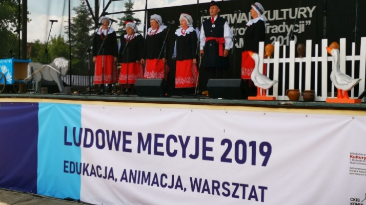"""Na ludowo w Kramsku. Festiwal Kultury """"W stronę tradycji"""""""