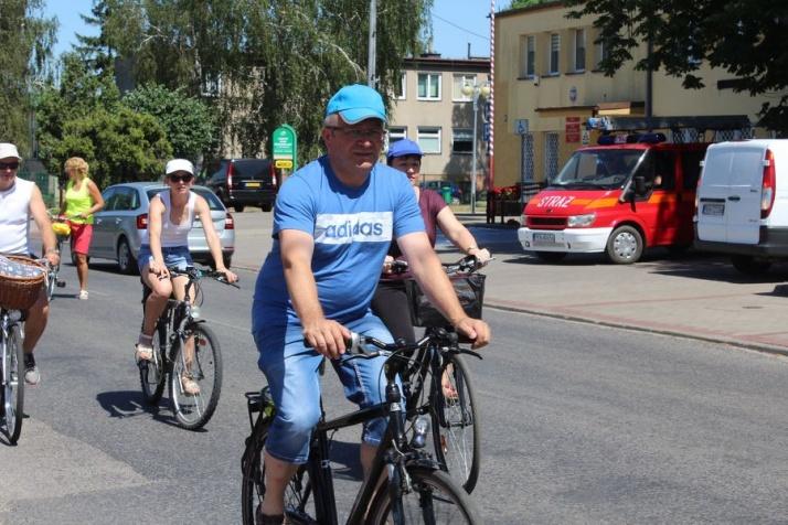 Rzgów. Wyruszył gminny rajd rowerowy. Co roku trasa jest inna