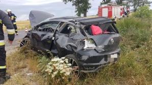 Wypadek w Orchowie. Samochód dachował. Dwie osoby ranne