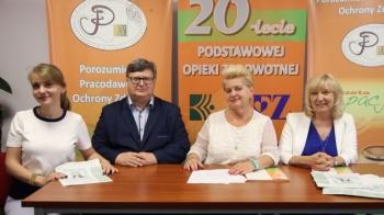 """Lekarze rodzinni PPOZ przeciwko """"spowiedzi tytoniowej"""" pacjentów"""
