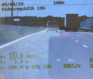 Zatrzymany na autostradzie za prędkość. To nie jedyny zarzut