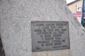 Uczcili pamięć więźniów obozu pracy w konińskim Czarkowie