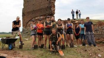 Koło. Rozpoczęły się prace archeologiczne na terenie ruin zamku