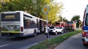 Konin. Zderzenie przy skrzyżowaniu. Ranny kierowca autobusu PKS