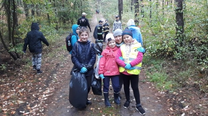 Mieszkańcy Rosochy i Kawnic zebrali ponad 50 worków śmieci