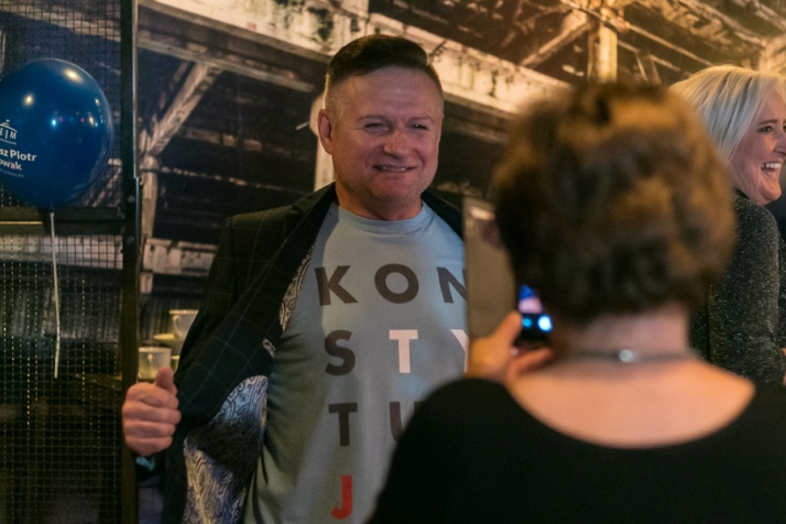 """""""Nie zrobią nam Budapesztu"""". Reakcje Koalicji Obywatelskiej"""