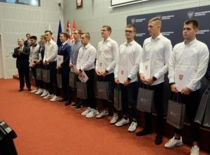 Czterech sportowców z Konina dostało stypendia od marszałka