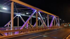Konin. Most im. J. Piłsudskiego został podświetlony na fioletowo