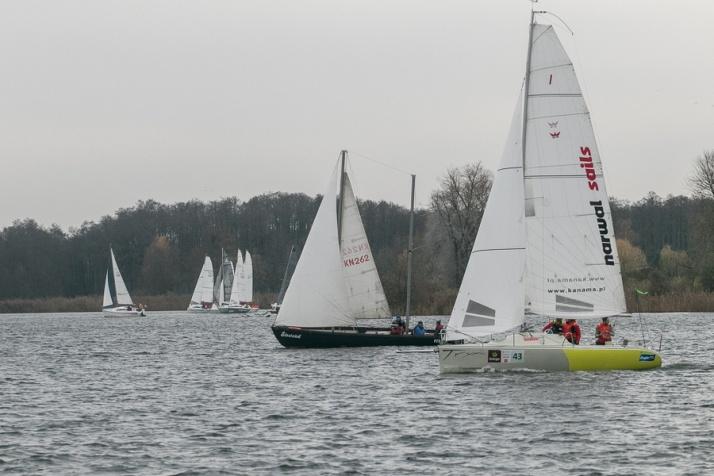 XXV Regaty Barbórkowe. Na Jeziorze Pątnowskim pływało 40 załóg