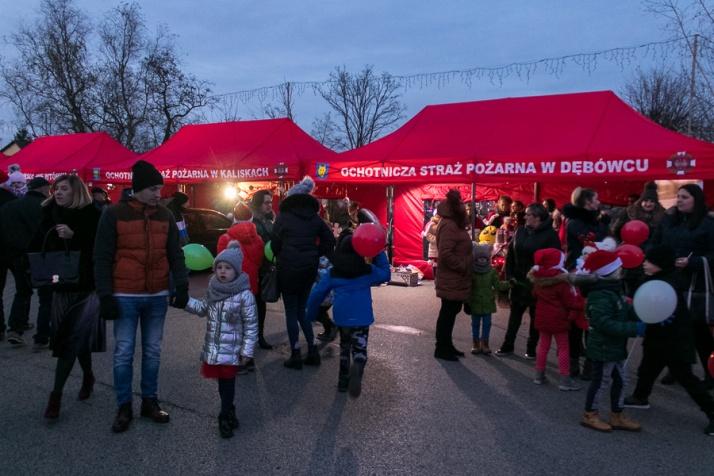 Święty Mikołaj zawitał też do Wilczyna. Pierwszy taki kiermasz