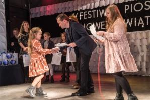 Konin. Młodzi artyści na Festiwalu Piosenki Zimowej i Świątecznej