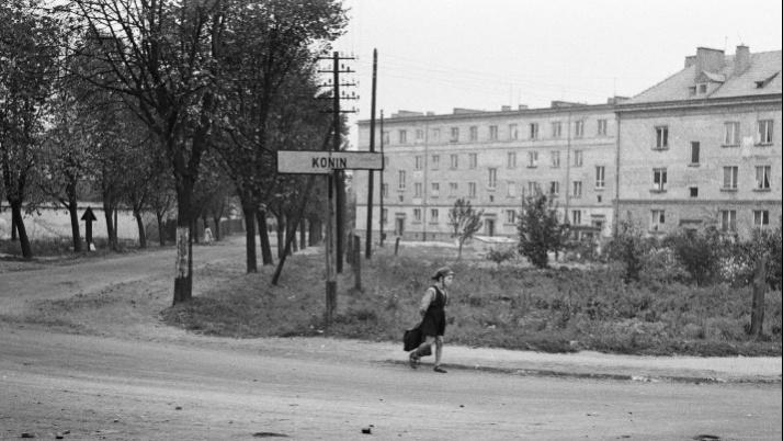 Na skrzyżowaniu, którego już nie ma. Zdjęcia Konina z 1959 r.