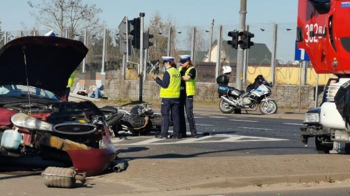 Wypadek na Trasie Bursztynowej. Poszkodowane dwie osoby