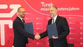 Turek. Jak burmistrz z marszałkiem. Kolejne umowy na fundusze