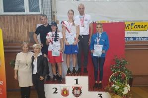 MMP. Dwa medale pięściarek Zagłębia, pięściarze bez krążków