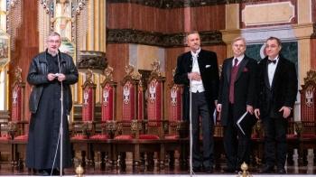 """Koncert """"Patriotyzm, męstwo, cud"""" zabrzmiał w licheńskiej bazylice"""