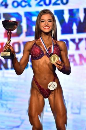 Marcelina Woźniak z Kleczewa mistrzynią świata w Bikini Fitness!