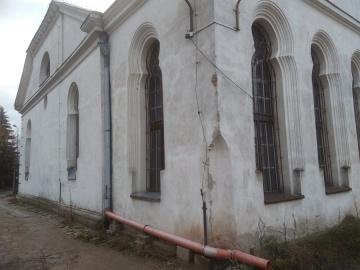 1608143036-10yrtk-synagoga7.jpg
