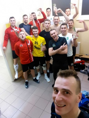 Derby II ligi dla Wilków. SPS znów przegrał w trzech setach