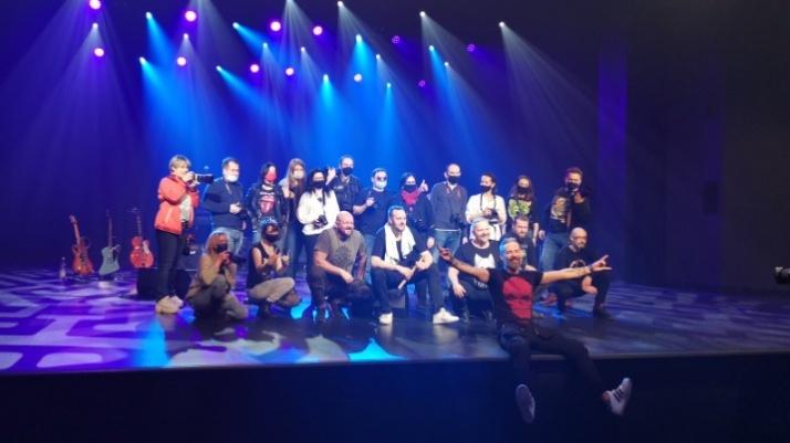 Jak zostać fotografem koncertowym? Warsztaty KKF FF na scenie