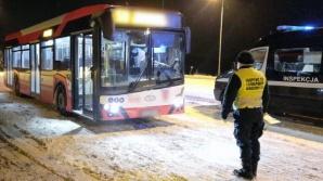 Konin. Inspektorzy WITD i ich nocna kontrola autobusów MZK
