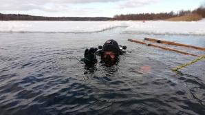 Konińscy strażacy-ratownicy szkolili się z nurkowania pod lodem