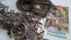 Konin. Zbierali zniszczone srebro i złoto na budowę studni w Czadzie