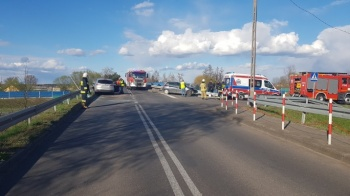 Wypadek w Osieczy Pierwszej. Ranne cztery osoby, w tym dziecko