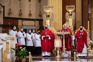 W rocznicę zakończenia II wojny św. modlili się w intencji ojczyzny