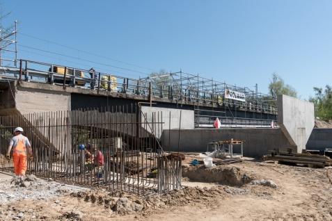 Powstaje nowy most w Bernardynce. Dobre tempo inwestycji