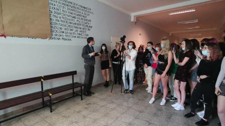 Miejsce przyjazne uczniom. Artystyczne wnętrza w najstarszym liceum w Koninie 2