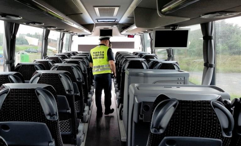 Kontrole autobusów dowożących dzieci do szkół w Kleczewie