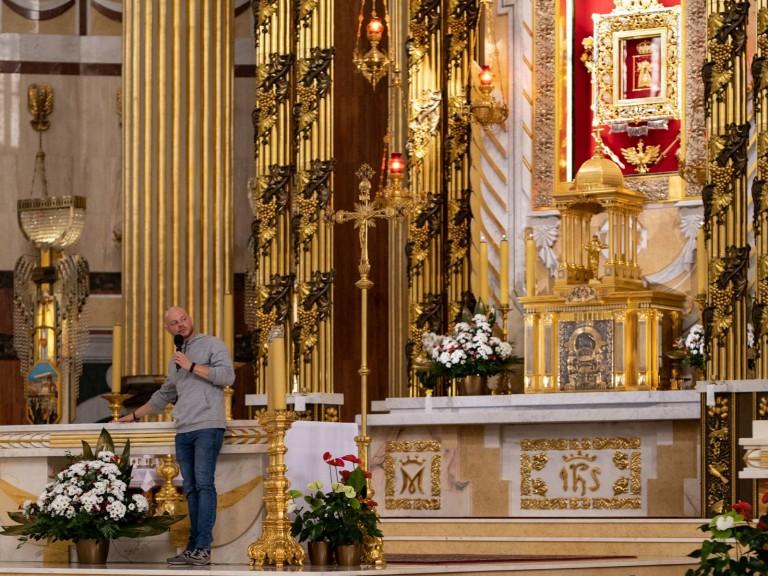 Ósmoklasiści z diecezji włocławskiej w licheńskim sanktuarium
