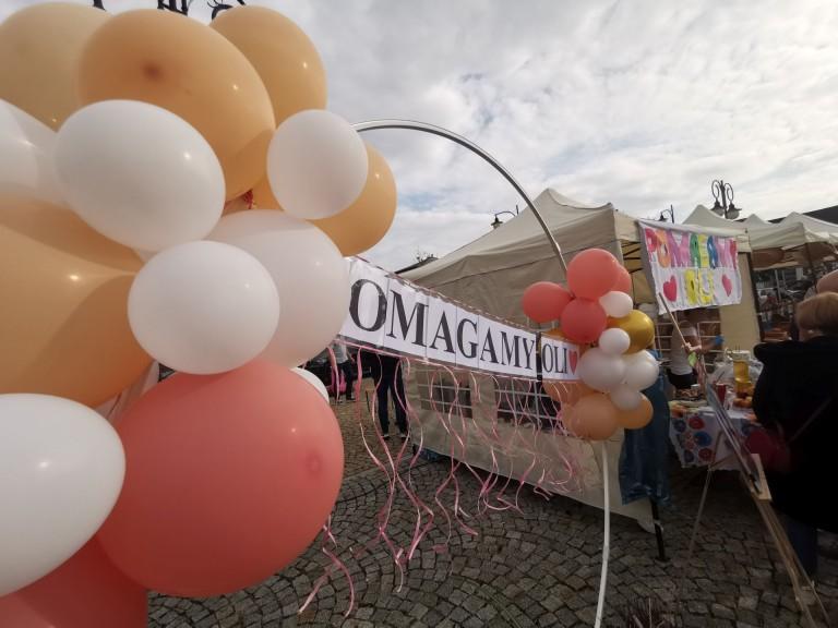 Jarmark Ochweśnicki w Ślesinie. Regionalne potrawy i wsparcie dla 14-letniej Oli