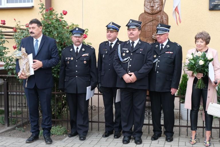 Poświęcili samochody i sprzęt dla pięciu jednostek OSP w gm. Kramsk