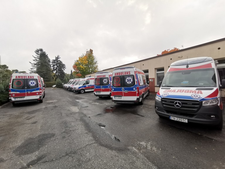 Ratownicy medyczni na L4. W Koninie nie ma pięciu z siedmiu zespołów karetek