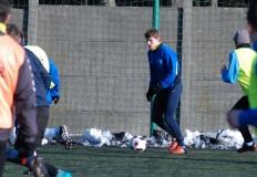 Pierwsze treningi i gra wewnętrzna w Górniku Konin