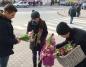 Ponad 100 tulipanów od portalu LM.pl z okazji Dnia Kobiet